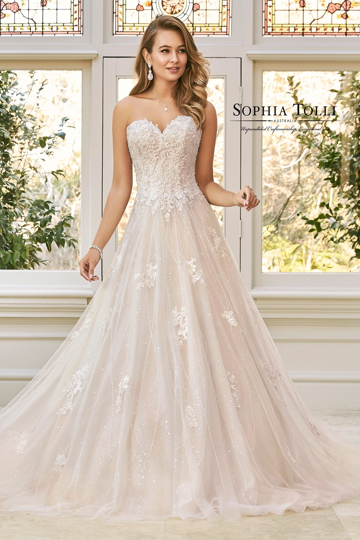c1e57b947a6e Are Blush Wedding Dresses In Style