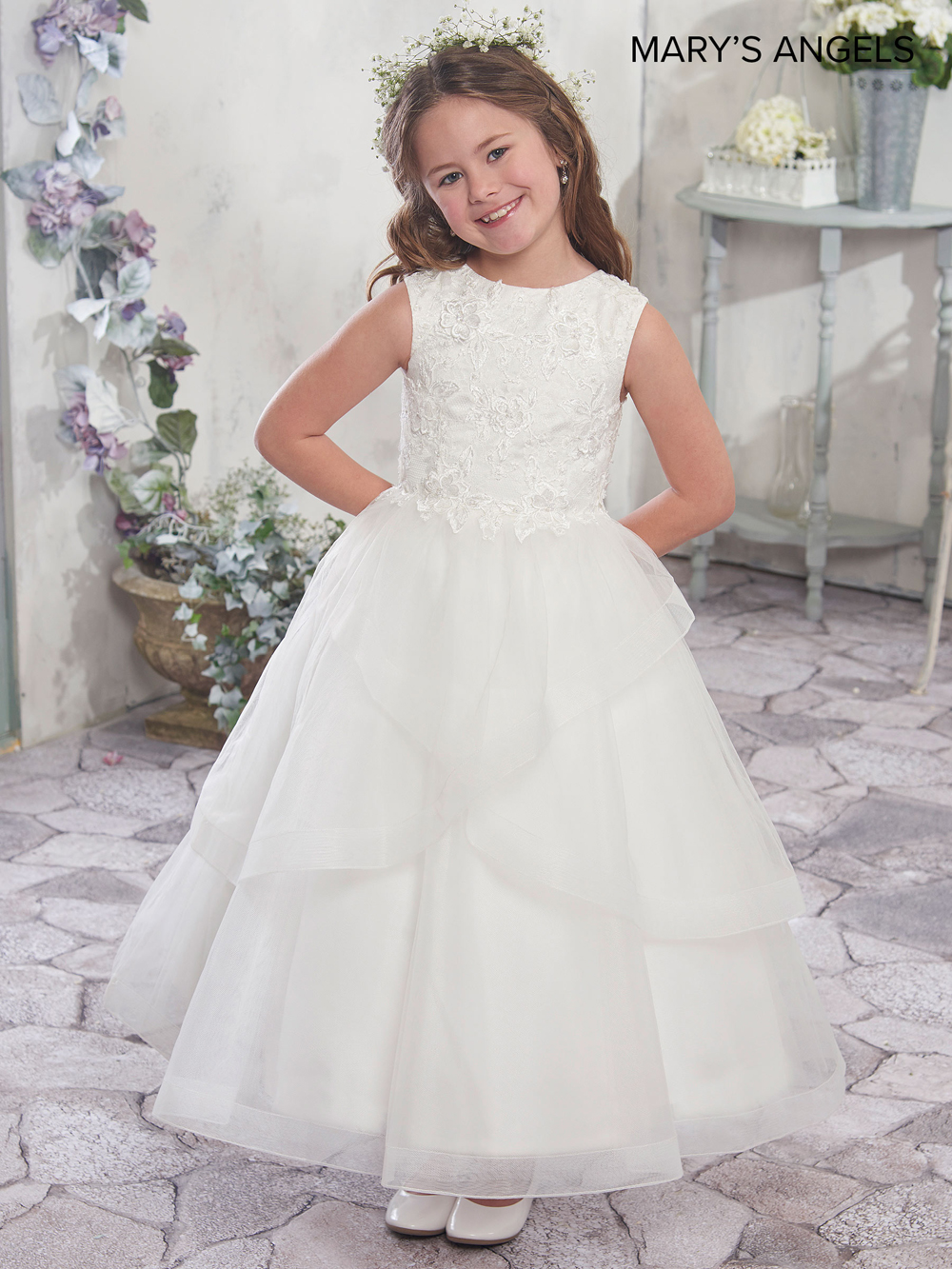 0469dbb5456c Lace And Tulle Flower Girl Dress With Full Skirt - raveitsafe
